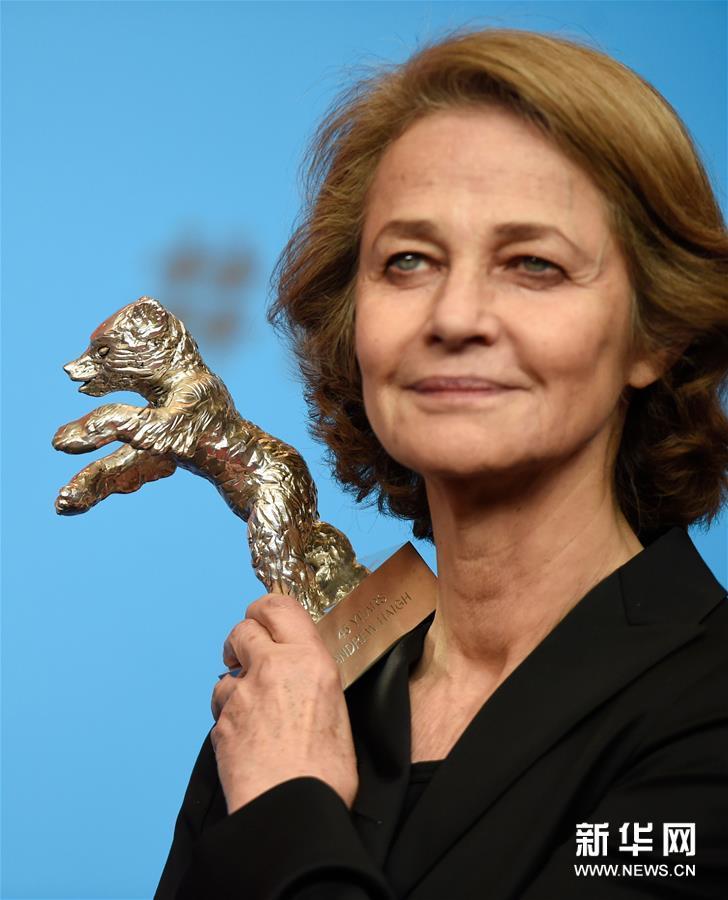 (外代一线)(5)第69届柏林电影节终身成就奖将授予英国演员兰普林