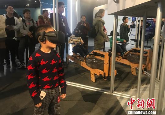世界最大VR主题乐园在南昌开园现场人气火爆