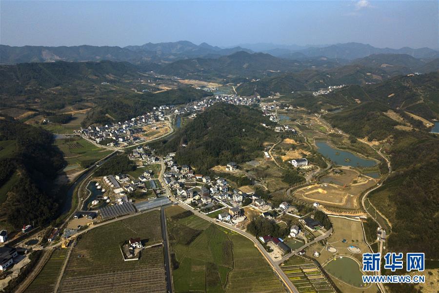 """(图文互动)(3)建设好生态宜居的美丽乡村——从""""千万工程""""看习近平生态文明思想的生动实践和世界回响"""
