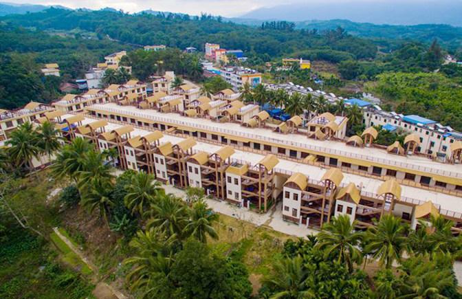 琼中南美村:脱贫村里面貌新