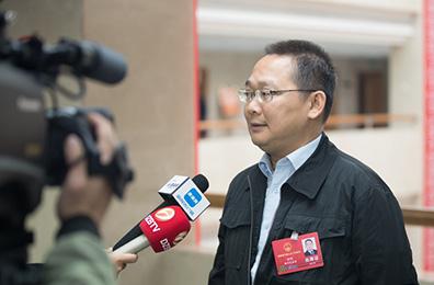 儋州常务副市长林刚:引导群众参与监督 疏堵结合做好生态保护