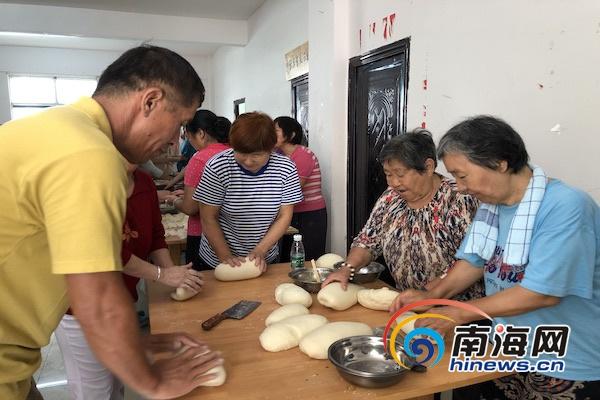 热闹团聚增添年味!三亚崖州区四百余人吃饺子迎新春