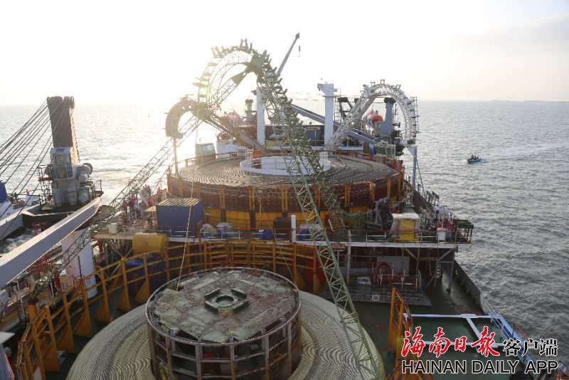 海南联网二回工程海底电缆开始敷设 建成后新增60万千瓦送电规模