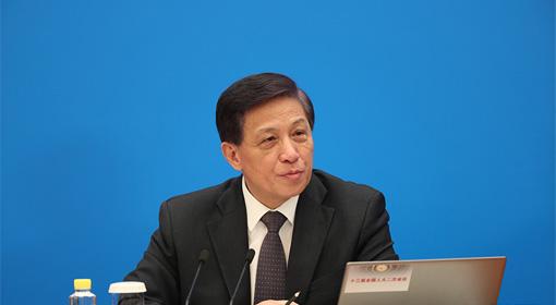 十三届全国人大常委会依法履行监督职责 取得积极成效
