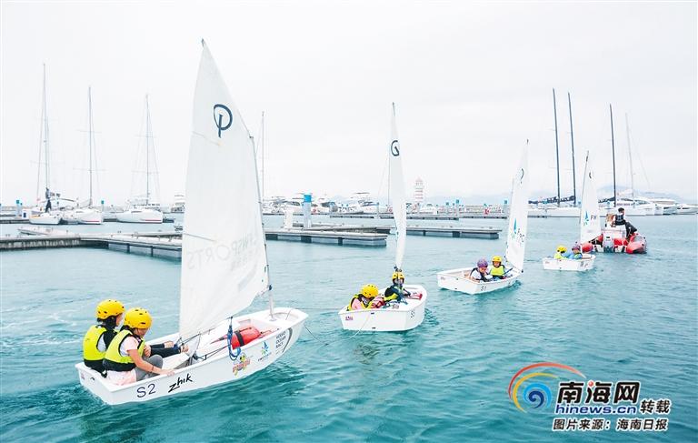 海南研学产品更加丰富多元 帆船、冲浪等水上项目受欢迎