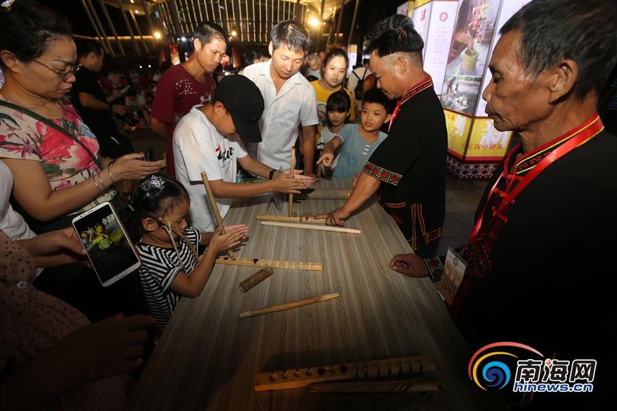 海南省非遗宣传展示主场活动海口举行 30多个非遗代表项目现场展示