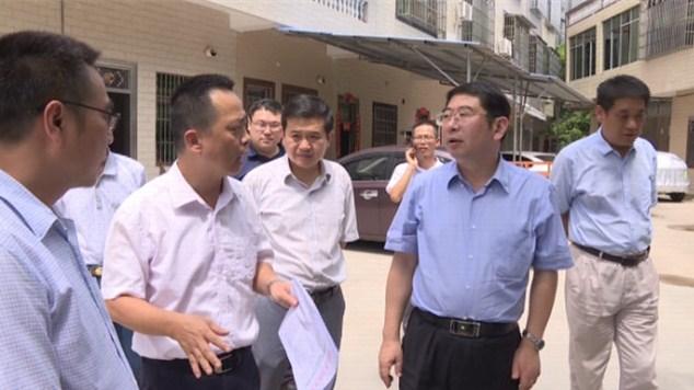 副省长王路到屯昌县包案下访 调研教育和卫生工作