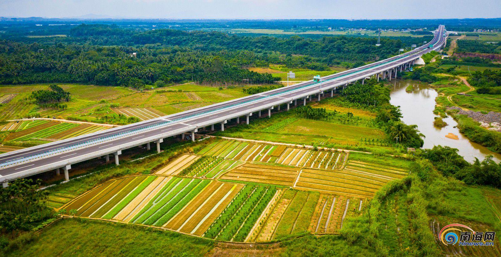 """海南文琼高速公路9月21日通车 带你提前游览""""绿色高速"""""""
