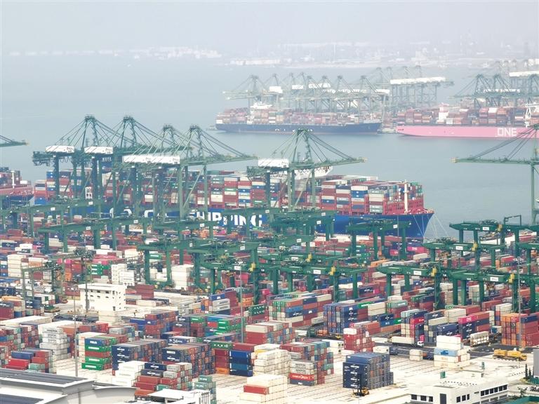 新加坡建设自贸港的4点经验3个启示