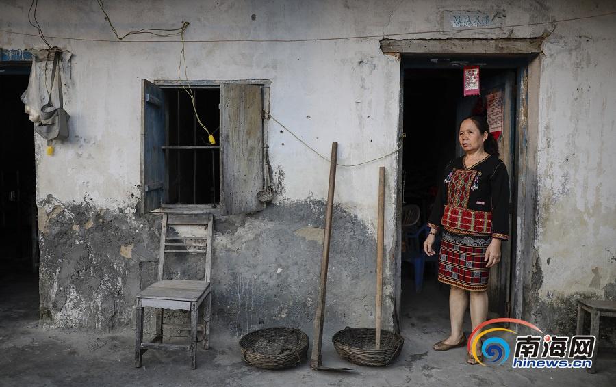 <b>椰视频 | 指间匠心 表白祖国——海南民间艺人为新中国成立70周年献礼</b>