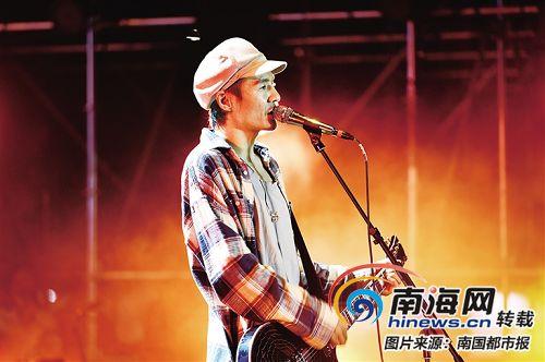 红珊瑚国际音乐节海口激情开唱 摇滚、民谣、Hip-Hop轮番燃爆两大舞台