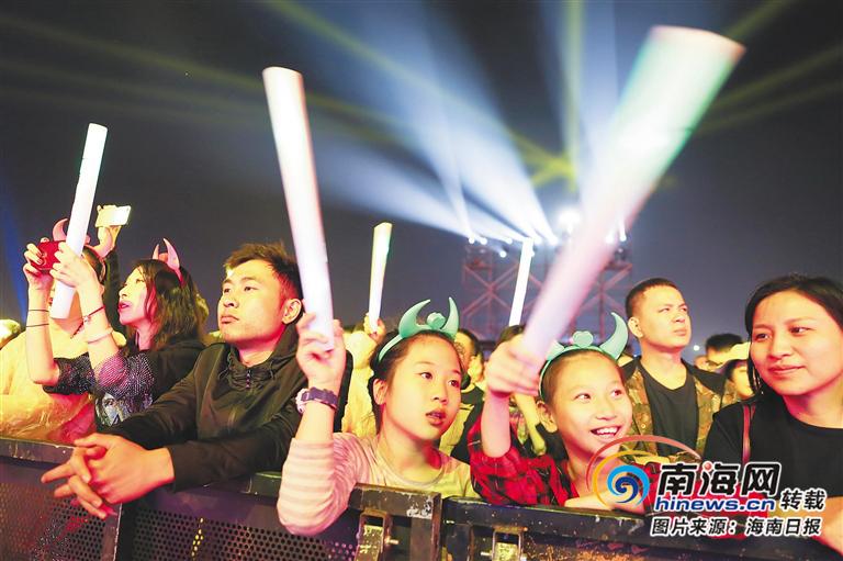 关注红珊瑚国际音乐节 | 倾醉那曲弦上音 心动那抹珊瑚红