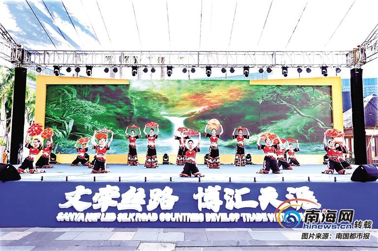 """三亚文博会:聚全国非遗文化 尝国际""""文化大餐"""""""