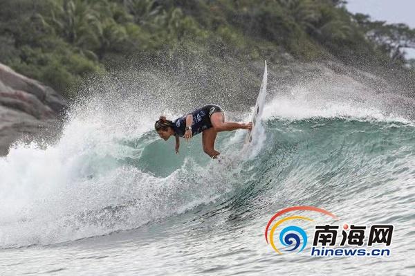 椰视频|第十届万宁国际冲浪赛男、女短板四强诞生
