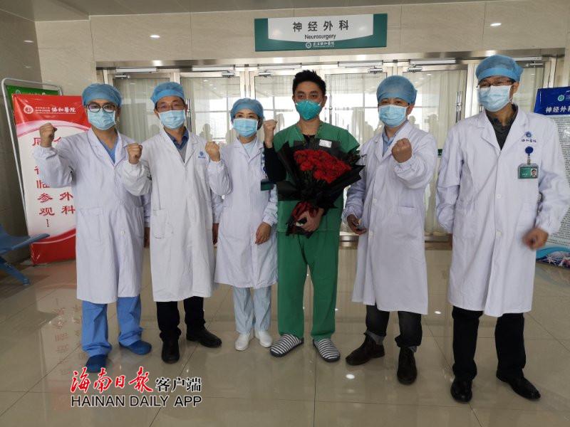 视频 | 海南驰援湖北抗疫护士陈锦王顺利出院