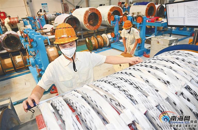 海南加快发展三大主导产业 擦亮自贸港建设试金石