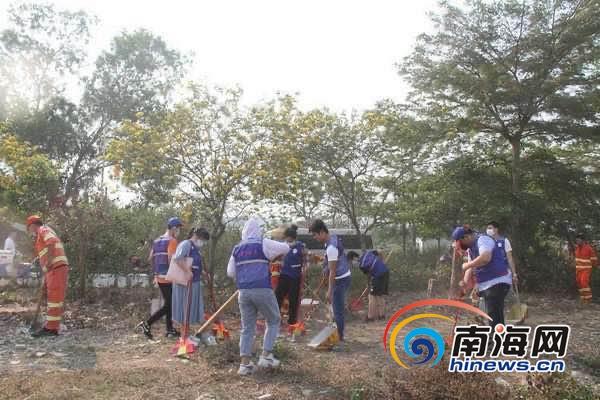 乐东全县齐动手整洁家园 助力海南健康岛建设