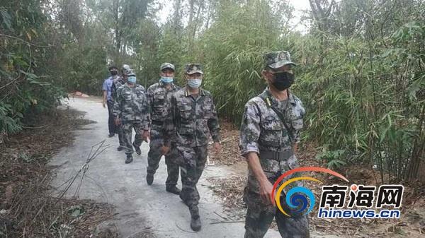 三亚吉阳区人武部组织辖区民兵开展清明节期间安全巡逻