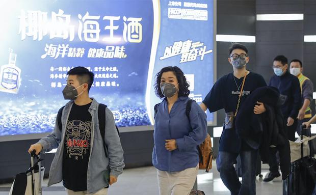 """原创组图丨武汉""""解封""""首日!复飞航班从天河机场飞抵海口"""