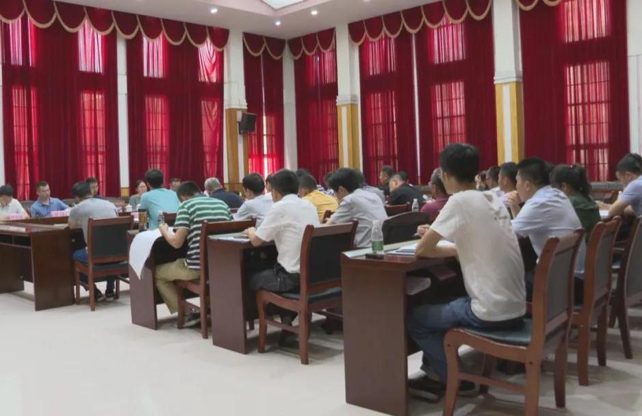 省项目谋划专项服务组(二组)赴屯昌调研