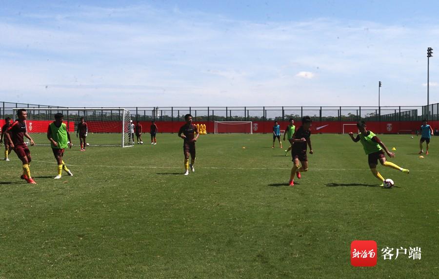 国少足球队海口集训备战亚少赛 球队目标是赛事小组出线