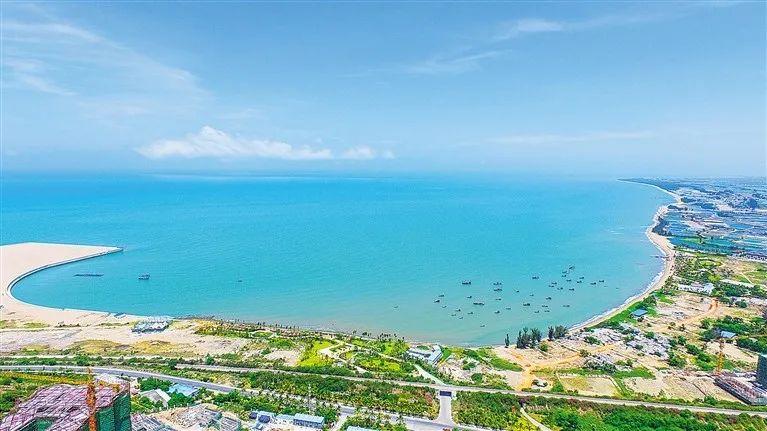 双语版海南自贸港重点招商项目!第一期:旅游产业