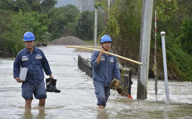 三亚供电局多举措确保汛情供电 1107台变压器已全部恢复供电
