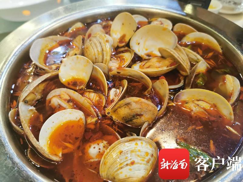 2020海口夜市评选|大众评审团走进欢乐海岸大排档 这道东南亚特色菜好诱人