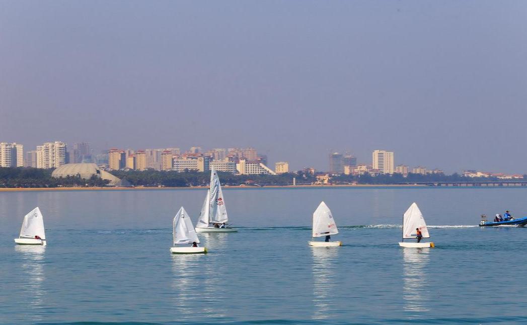 视频+组图|海口:海为纸船作画 帆船帆板队冬训忙
