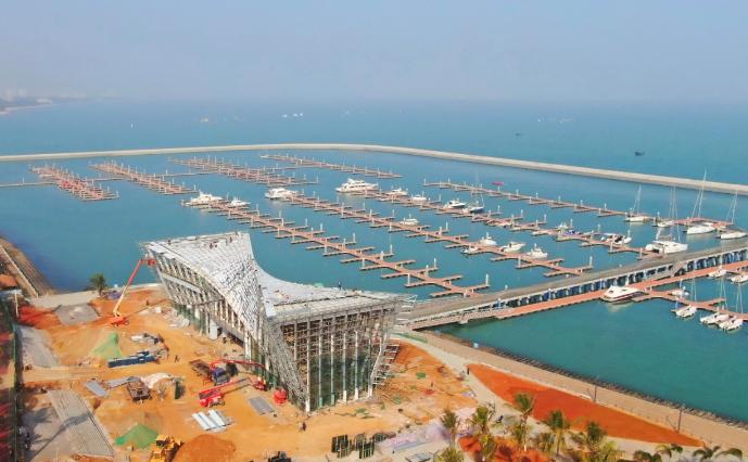 海口国家帆船帆板基地公共游艇码头游客服务中心初露真容