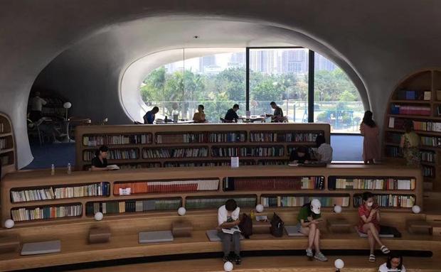 拍客 | 因海而作 临海而生 海口云洞图书馆你打卡了吗?