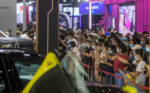 原创组图|首届消博会社会公众开放日 5万人观展