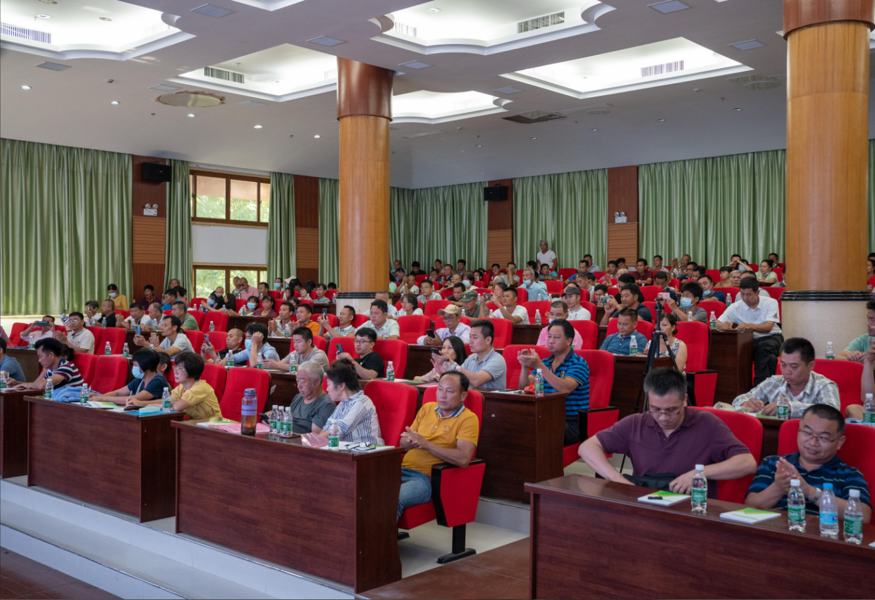 海南省科技厅槟榔重大项目研究成果展示和推广活动在保亭顺利举行