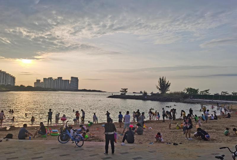 组图丨海口湾人工沙滩投入使用