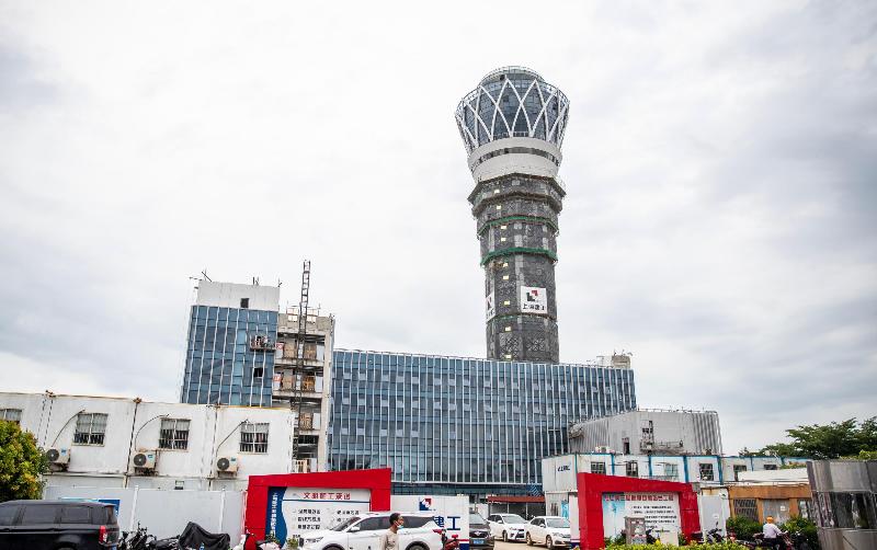 组图+视频丨海口美兰机场新塔台项目收尾
