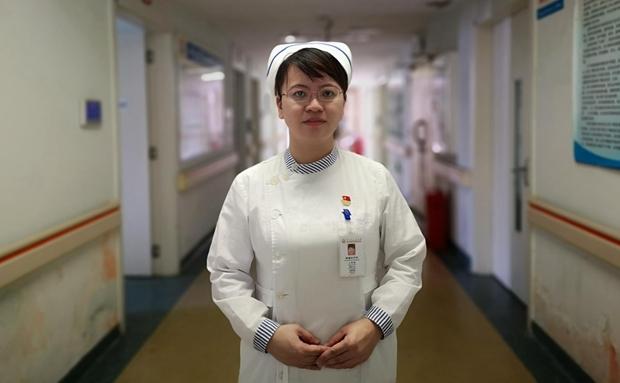 我家有党员   海口王辉微:从事肿瘤护理20年 以心交心呵护患者