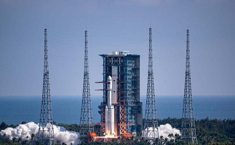 天舟成功飞天的背后是什么?跟随记者在文昌航天发射场探秘……