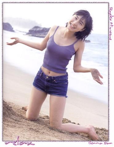 美女日韩大胸女星性感美丽v美女组图[秘技]明媚细腰图片