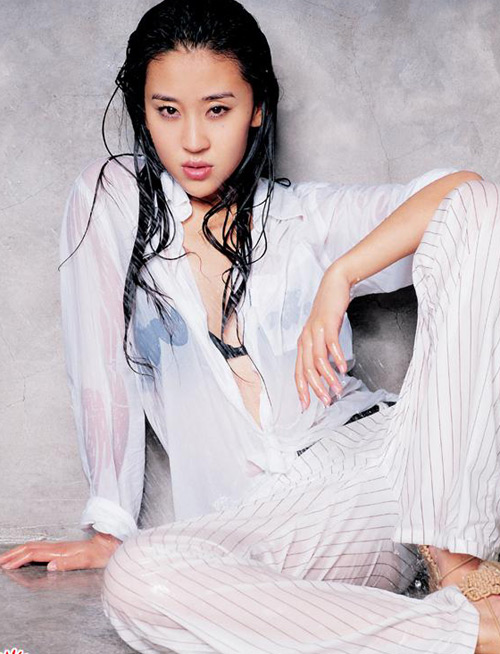 女星白衫湿身照 性感湿身极度诱惑组图