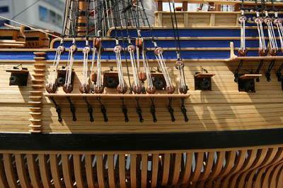 """瑞典的大型仿古木帆船""""哥德堡""""号在去年10月2日起航,满载着中瑞建交55"""