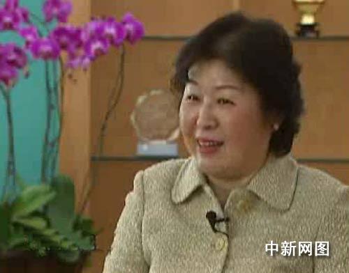 怎么挣钱怎么花钱 七问中国女首富张茵