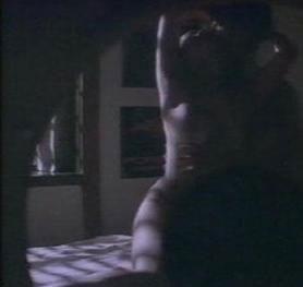 琼瑶电影最美女主角的唯一露点床戏组图