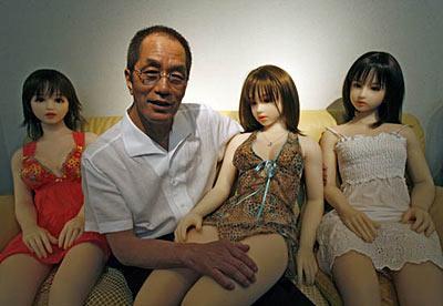 """真假难辨 揭秘日本""""性爱娃娃""""制作过程[组图]"""
