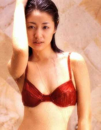 杨思敏裸照_罩杯大小与性感无关[组图];;   32b 代表人物:林心如杨千桦杨思敏