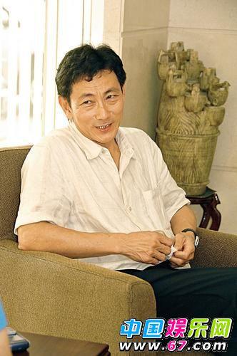 新闻中心 娱乐新闻 正文    吴尊的父亲吴景添在文莱经营房地产,个人