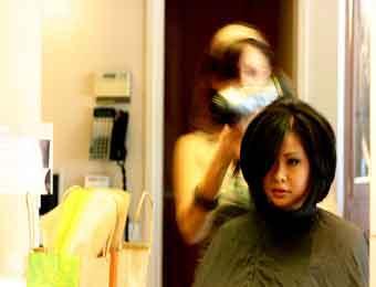 俄变态女理发师专杀理短发女性 已杀15名女性图片
