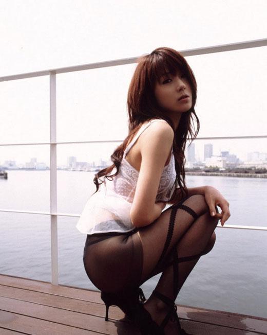 性感撩人的丝袜美女上演终极诱惑