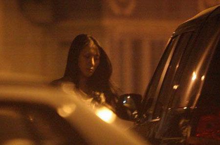 网上曝光的聂远女友杨光的照片.-传聂远28日补办婚宴 圈内人称其早图片