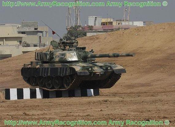 巴基斯坦公开展示中国59式主战坦克终极改型