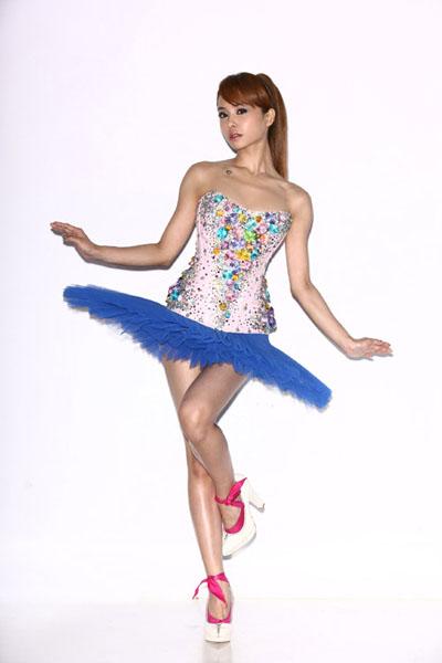 幼儿集体芭蕾造型
